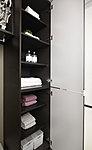 洗面室にバスタオルやフェイスタオル、肌着などを収納できるリネン庫を設置しました。