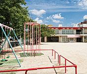 守山幼稚園 約1,110m(徒歩14分)