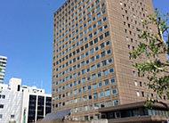札幌市役所 約820m(徒歩11分)