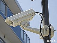 共用スペースに侵入抑制効果等を高めるための防犯カメラ6台(エレベータ内を除く)を設置しています。