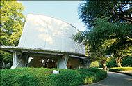 世田谷美術館 約1,900m