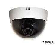 駐車場、エントランス、エレベーターなどの共用部には防犯カメラを設置。一定期間映像を保存しています。