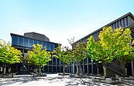 県立芸術文化センター 約1,350m(徒歩17分)