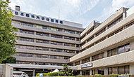 日本医科大学付属病院 約120m(徒歩2分)(2016年8月撮影)