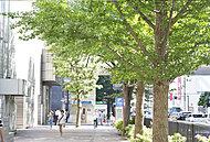 上大岡駅周辺 約380m(徒歩5分)