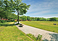 夢の島公園 約2.3km(車4分)