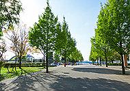 豊洲公園 A:約1,650m(徒歩21分)B:約1,670m(徒歩21分)