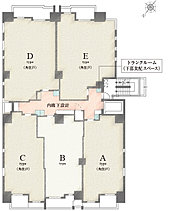 角住戸率80%、内廊下設計、トランクルーム(下部食配スペース)