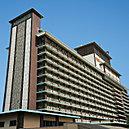 ホテルオークラ東京 約300m(徒歩4分)※1