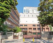 麹町中学校 約1,570m(徒歩20分)