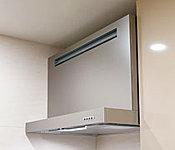 整流板が吸い込み力を強化。着脱がワンタッチでお手入れも簡単です。