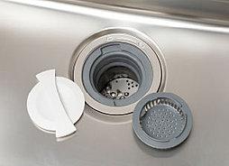 生ゴミを排水口で粉砕処理するディスポーザーを設置。キッチンを手軽に衛生的に保てます。※ディスポーザーには一部処理できないものがあります。