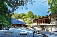 乃木神社 約220m(徒歩3分)