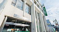埼玉りそな銀行 約10m(徒歩1分)