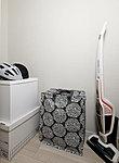 掃除機など大きな荷物も収納できる納戸。住まいをすっきりと片付けます。※C・Cg・D・Dg・E・Eg・F・M・Mg・O・Og・P・Pg・Ur・Yrタイプのみ