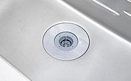 生ゴミを排水口で粉砕処理するディスポーザーを設置。ゴミ捨ての手間を省きながら、キッチンを手軽に衛生的に保てます。※処理できない生ゴミがあります。