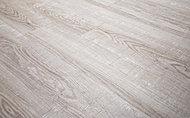 通常必要なお手入れやワックスがけなどの手間がかからない床材を採用。傷がつきにくく、滑りにくいので快適にお使いいただけます。