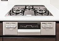 調理中に裏返す必要がない両面焼きグリル。水なし仕様なので、お手入れも簡単です。