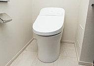 小水量(大4.8L・小3.6L)で十分な洗浄力を発揮するため、日々節水につながります。タンクはスタイリッシュなローシルエットを採用。