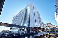 戸塚区役所 約840m(徒歩11分)