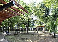 高井戸藤が丘公園 約180m(徒歩3分)