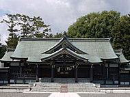 札幌護国神社 約680m(徒歩9分)