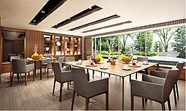 陽光あふれる明るく開放的な「パーティールーム」。カッシーナの家具を設えた華やかな印象も特徴的です。