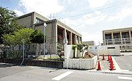 市立西ノ岡中学校 約1,810m(徒歩23分)