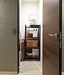 大きな物や季節物、アウトドア用品等まで、まとめて収納できる「納戸」※Bタイプ除く(トランクルーム付となります)。