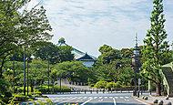 日本武道館 約750m(徒歩10分)