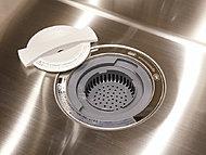 生ゴミをスイッチひとつで衛生的に処理でき、嫌な臭いやゴミ出しの手間を軽減します。※生ごみの種類によっては処理できないものがあります。
