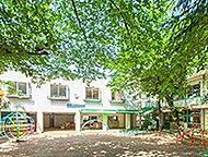 浦和幼稚園 約190m