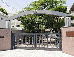 桜山中学校 約420m(徒歩6分)