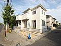 「戸塚安行」駅徒歩7分で暮らせる東南角地の家