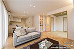 [1-17号地 内観]平成28年6月撮影※写真内の家具・調度品は価格に含まれません。