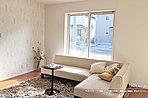 [4号地 内観]平成28年11月撮影 ※写真の家具・調度品は価格に含まれません。