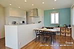 [6号地 内観]平成28年10月撮影 ※写真の家具・調度品は価格に含まれません。