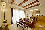[10号地 内観]平成28年8月撮影 ※写真内の家具・調度品は価格に含まれません。