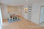 [6号地 内観]平成30年2月撮影 ※写真の家具・調度品は価格に含まれません。