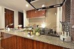 開放感のあるオープンキッチン、毎日のお料理も楽しくなりそうですね。