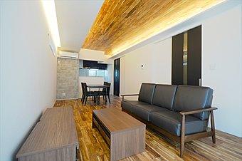 屋上にジャグジーや家具を設けました。ジャグジーにつかりゆったりとした上質な時間を過ごすことができます。【建物プラン例/建物面積:98.41m2、建物価格:2300万円】/コンセプトハウス