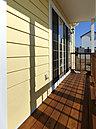 美しさと機能性を両立させた上質なオレゴン・ハウスです。嬉しいウッドデッキ・グルニエ付き。