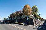 周辺環境/町田市立町田第四小学校 徒歩3分(約220m)(撮影日/平成26年11月)
