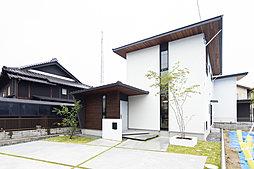 【万能倉駅徒歩2分 福山市駅家町】白と黒を基調としたデザインハ...