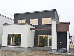 【土屋ホーム】大きな土間スペースと、和室を囲む回廊が特徴的な家ー北光 2020 MODELーの外観
