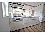 内装施工例 主婦に嬉しい食洗機付システムキッチン