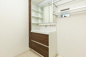 洗面化粧台サニタリーシステム収納