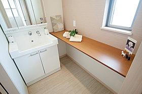 「WC横の洗面室」