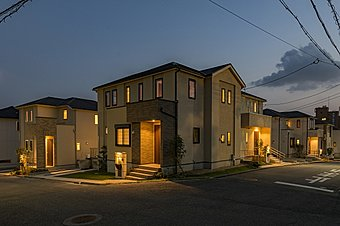 限定1邸 家具・全室照明器具・リビングエアコン付モデルハウス特別分譲