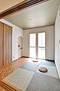 雰囲気のある和室スペースを演出。